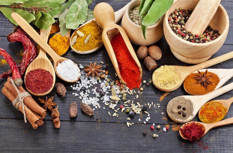 Krydder og smaksstoffer